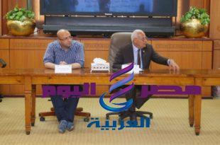 """محافظ بورسعيد يشهد جلسة برلمانية للشباب حول مبادرة """"النهوض بالتعليم """""""