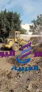 محافظ_الشرقية يأمر برفع أكوام القمامة المتراكمه بالطريق المؤدي بههيا