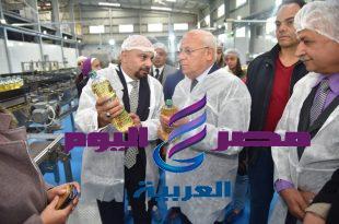 محافظ بورسعيد يتفقد مصنع انتاج وتعبئة الزيوت ويؤكد صرح صناعى عظيم