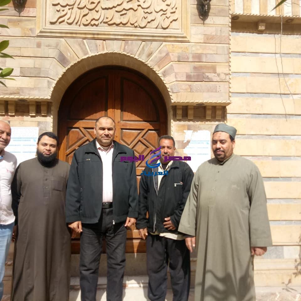 مدير إدارة أوقاف الرمل بالاسكندرية يتفقد غلق المساجد والزوايا. | إدارة أوقاف