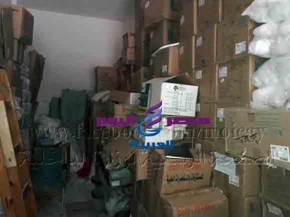 ضبط قرابة 800 ألف من عبوة كمامات ومستلزمات طبية داخل مخزن أدوية بالإسكندرية | ضبط