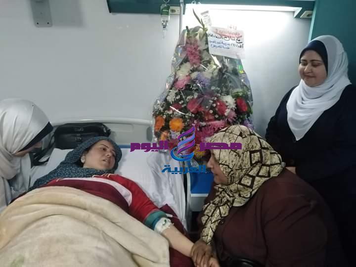 نقيبة تمريض الشرقية تتابع الحالة الصحية لممرضة بحادث سير بفاقوس