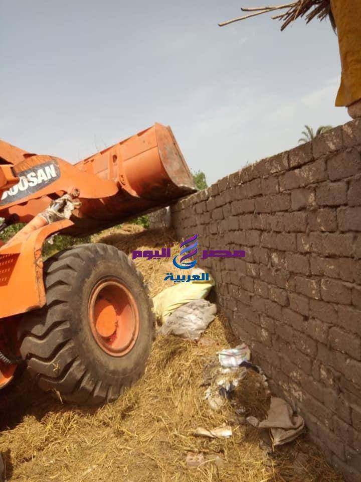 استمرا إزالة التعديات ومخالفات البناء بمراكز ومدن محافظة كفر الشيخ