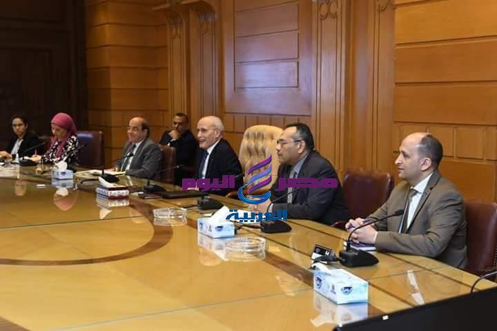 وزير الانتاج الحربى يستقبل محافظ الدقهلية بمقر الوزارة بالقاهرة   محافظ الدقهلية