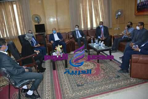 الوادي الجديد تستقبل وفد عمداء كليات الطب بالجامعات المصرية