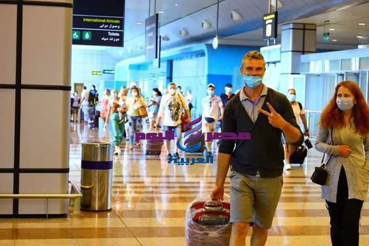تسير عدد من الرحلات الجوية إلى العديد من الوجهات الدولية