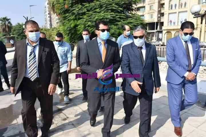 صبحي وزير الرياضة يتفقد نادي الصحفيين   وزير الرياضة