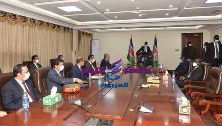 سيلفا كير يستقبل وزير الري المصري ويُعرب عن شكره وتقديره لمصر لمساعدة جنوب السودان