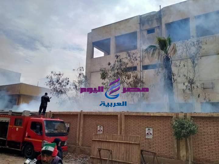 حريق في الاشجار داخل مستشفي قرية بشبيش مركز المحلة الكبرى وتم السيطرة على الحريق