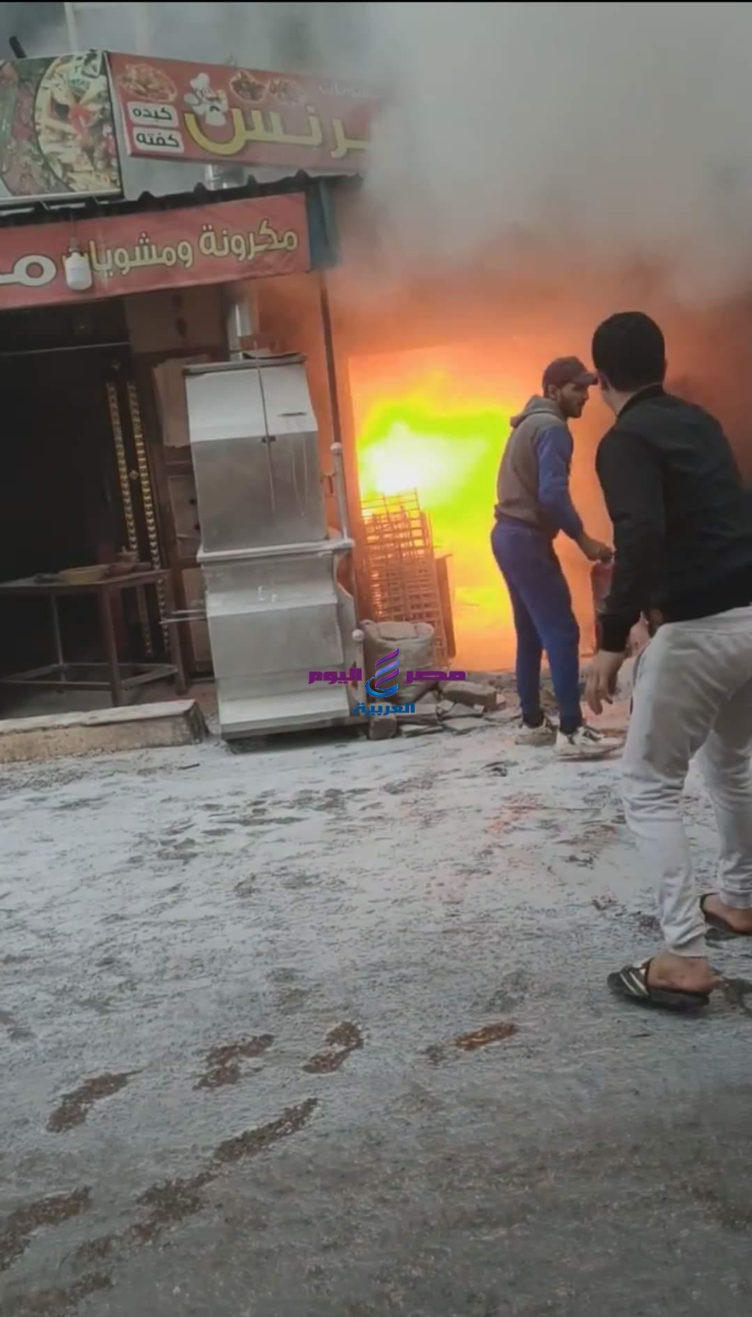 حريق هائل في فرن عيش بجوار مطعم الريس بمنطقة أبو شاهين بالمحلة الكبرى وتم السيطرة على الحريق | هائل