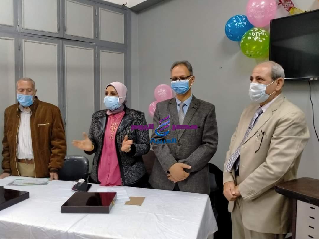 رئيس مدينة دسوق تكرم الأطقم الطبية والفنية بمستشفى الحميات