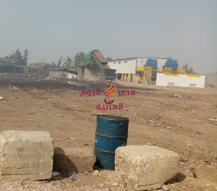 اللواء حاتم زين العابدين يتابع مع الانتاج الحربى أعمال تطوير مصنع تدوير القمامه بالمحله.