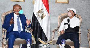 رئيس الكاف يصل القاهرة لتسلم مهام منصبه | رئيس