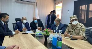 وزير التنمية المحلية ومحافظ الجيزة يتابعان معدلات تنفيذ مشروعات تطوير الريف المصري بمركز أطفي | وزير