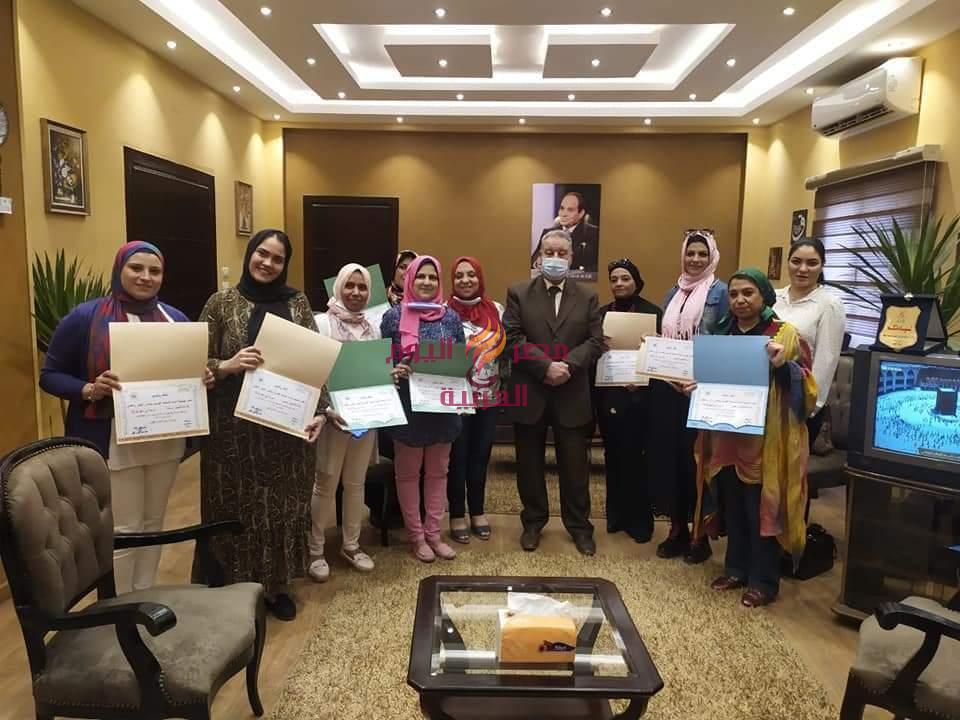 المعاهد القوميه تكريم السادة المدرسين المتميزين بأعمال التربيه الفنيه والموسيقى من مداس بورسعيد