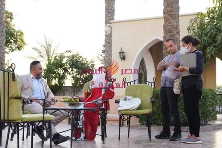 «ختامها مسك» .. دنيا عبد العزيز ترسم البسمة والفرحة على وجه خالد سرحان . | ترسم