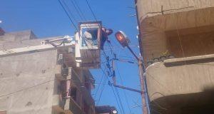 استمرار العمل على رفع كفاءة وصيانة الانارة العامة بمدينة دسوق. | استمرار