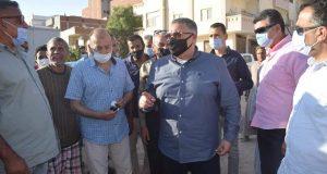 محافظ البحر الأحمر .. يتفقد منطقة خلف السنتر الليبي لرصد المخالفات على أرض الواقع بالغردقة   محافظ