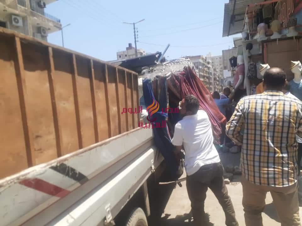 رفع ٦٢٦ حالة إشغال طريق مخالف بنطاق ٣ مراكز بالبحيرة | إشغال