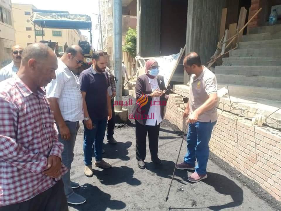 ماضى .. تتابع رصف ثلاث شوارع بمنطقة مربع مسجد السودانين بدسوق | ماضى