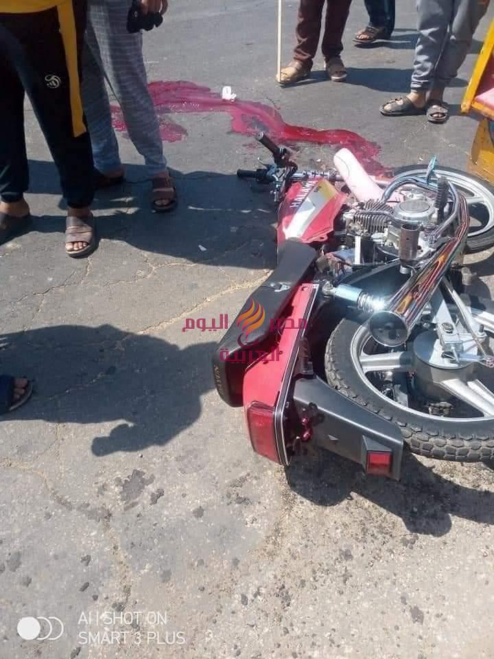 عاااااااجلوفاةشاب نتيجة تصادم سيارة نقل ثقيل (تريلا) بموتوسيكل   شاب
