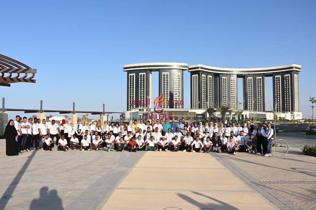 شباب المحافظات الحدودية بالقمة الثانية في زيارة للمشروعات القومية بالعلمين الجديدة | شباب