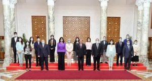 الرئيس السيسي : يؤكد أن مبادرة إحياء الجذور بين مصر واليونان وقبرص   الرئيس
