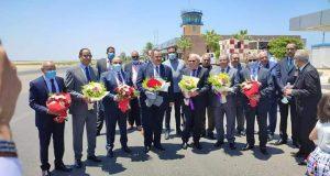 محافظ بورسعيد يستقبل أول رحلة قادمة من القاهرة بمطار بورسعيد | محافظ بورسعيد