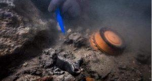 اكتشاف حطام سفينة حربية من العصر البطلمى بالأسكندرية | حطام