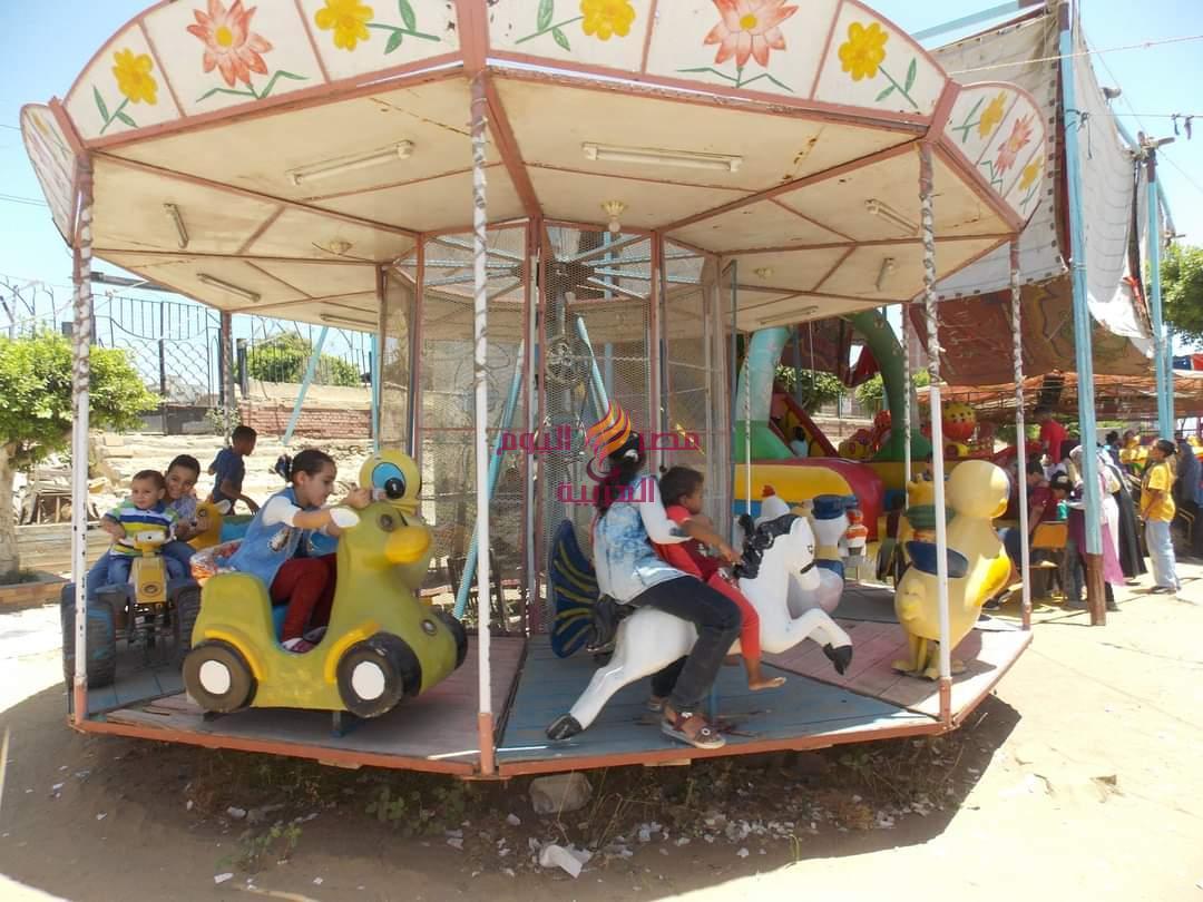 حديقة الأسرة والطفولة بدسوق.. ترحب بزائريها فى أول أيام عيد الأضحى   حديقة