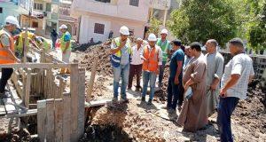 عبد الستار .. يتابع سير العمل بمشروع الصرف الصحى بقرى ( ابطو وشابة ) بدسوق   الصرف