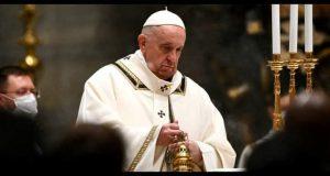 البابا فرنسيس: يأمل أن تكون الدول ملجأ يحتمي فيه اللاجئون الأفغان |