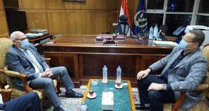 محافظ بورسعيد يلتقى مدير الأمن للتنسيق بشأن إزالة التعديات على المصارف المائية والموارد الزراعية |