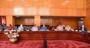 نائب محافظ الإسماعيلية خلال الإجتماع الدورى لمتابعة مشروعات حياه كريمة بالقنطرة شرق  