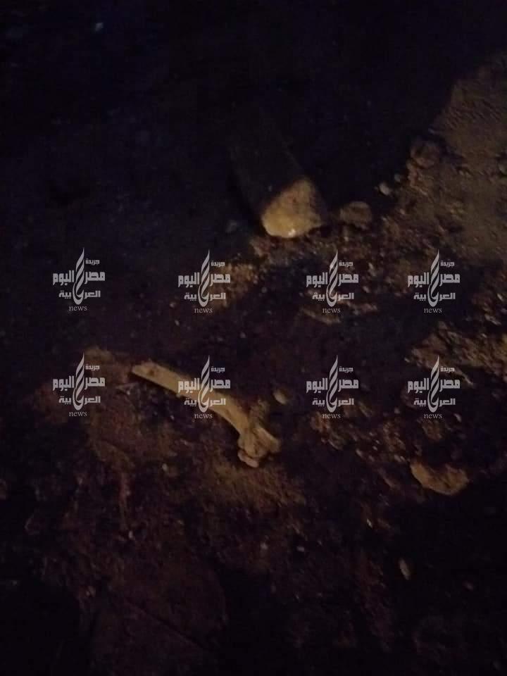 عاجل بالصور هدم مقبرة موتى بطنطا دون علم أصحابها وبقايا عظام الموتى لم ترهب قلوب العابثين   مقبرة