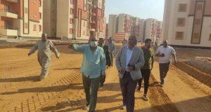 مسئولو الإسكان يتابعون سير العمل بمشروعات مدينة حدائق العاصمة