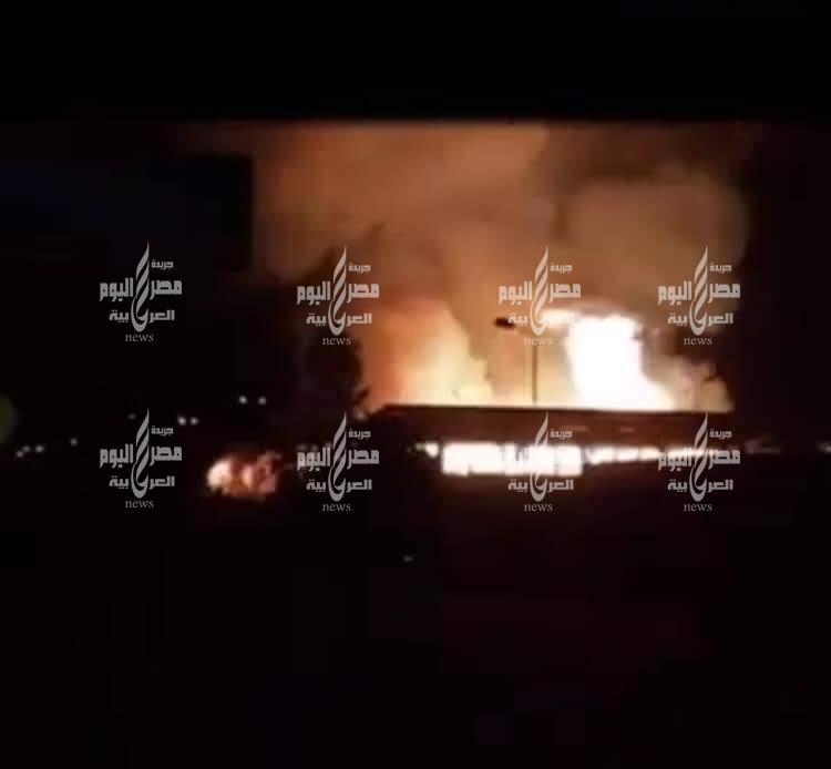 عاجل الان اندلاع حريق هائل بمصنع بيراميدز للملابس بمنطقة الاستثمار بالإسماعيلية | عاجلالان اندلاع حريق هائل بمصنع بيراميدز للملابس بمنطقة الاستثمار بالإسماعيلية