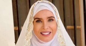 «دينا»: تكشف عن شخصيتها في «السيدة زينب» عاملة قلق.. والجمهور بيتمنالي الخير |